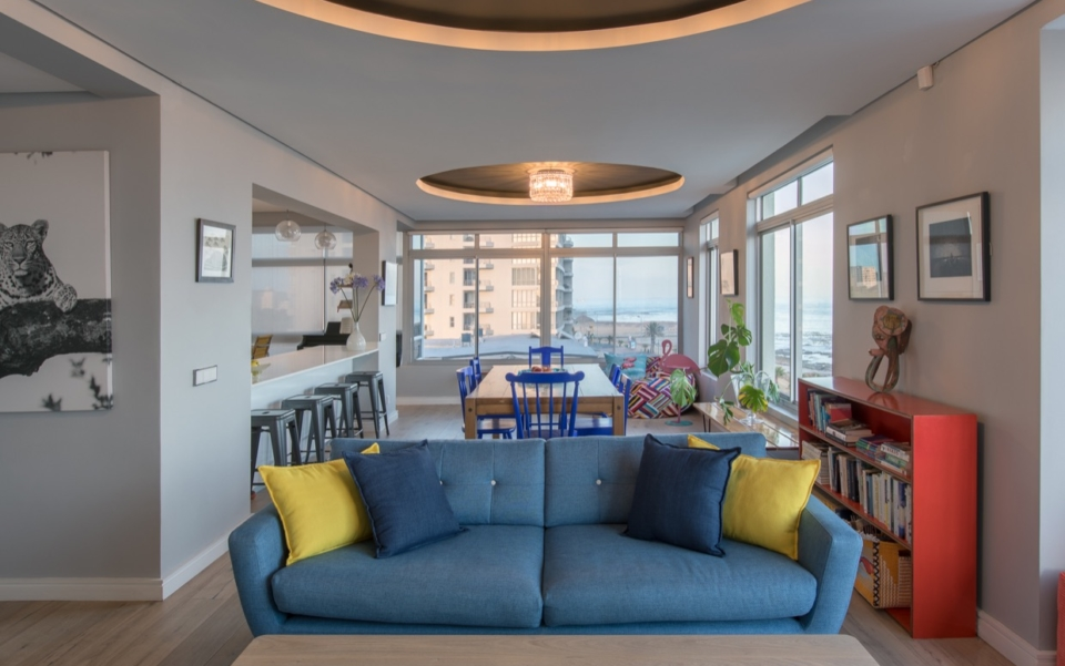 Luxury Vacation Rental Holiday Apartment Cape Town Mouille Point Villa Marina 24 Living03