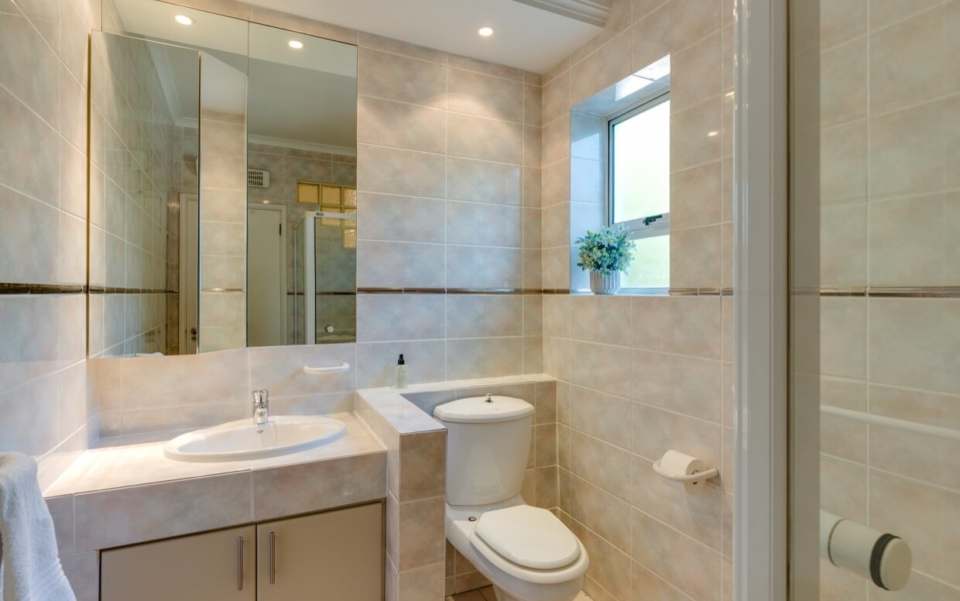 Luxury Cape Town Camps Bay Villa 15woodford Bathroom3