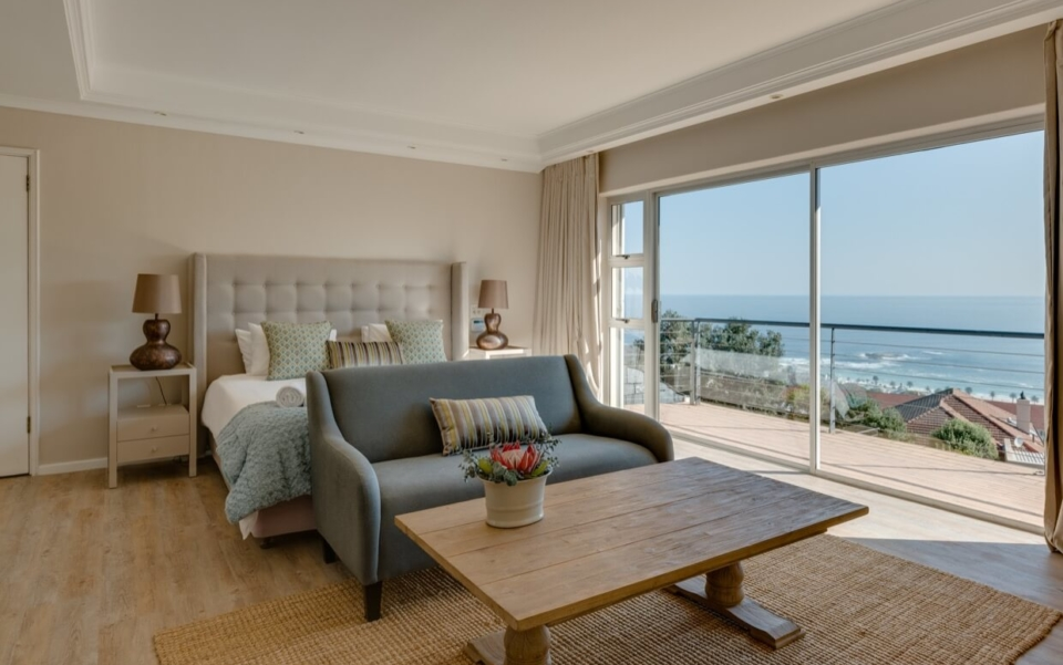 Luxury Cape Town Camps Bay Villa 15woodford Bedroom Main