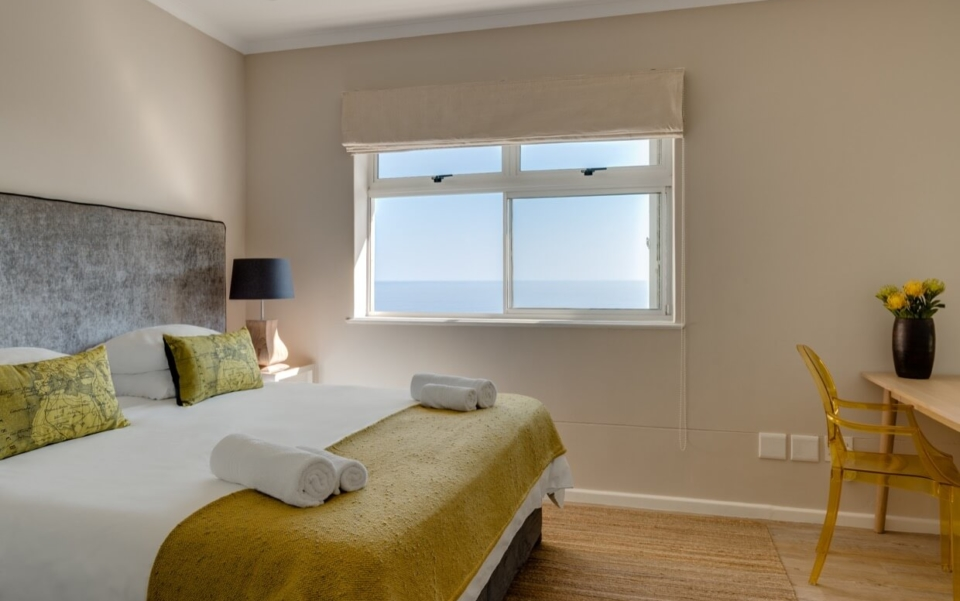 Luxury Cape Town Camps Bay Villa 15woodford Bedroom3