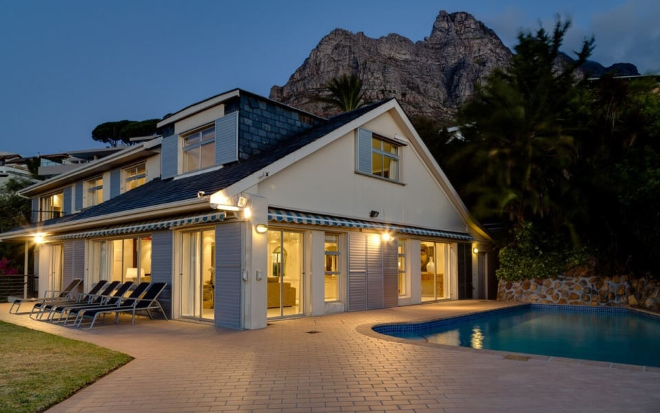 Luxury Cape Town Camps Bay Villa 15woodford Outdoor Night View