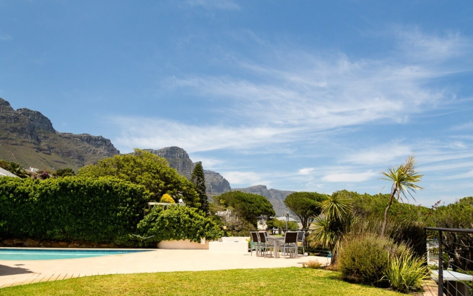 Luxury Cape Town Camps Bay Villa 15woodford Pool Garden Day