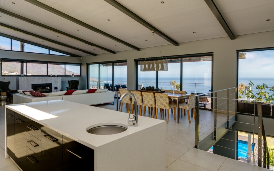 Luxury Villa Rental Cape Town Camps Bay Hely Horizon Kitchen Out New