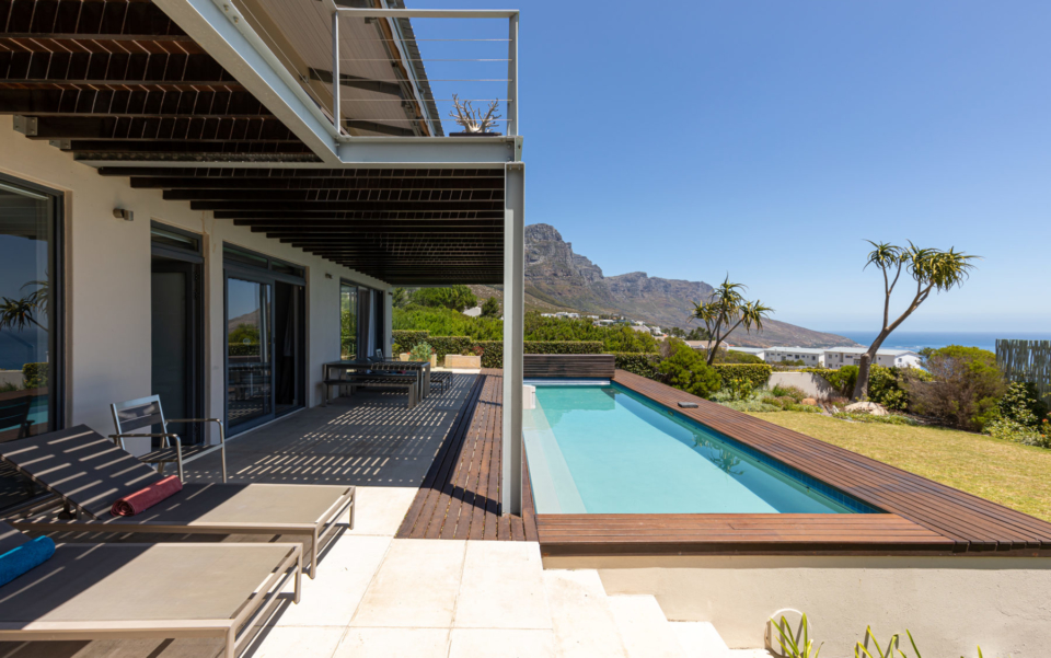 Luxury Villa Rental Cape Town Camps Bay Hely Horizon Lower Level Pool Patio