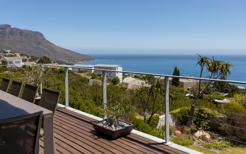 Luxury Villa Rental Cape Town Camps Bay Hely Horizon Upper Deck Dining