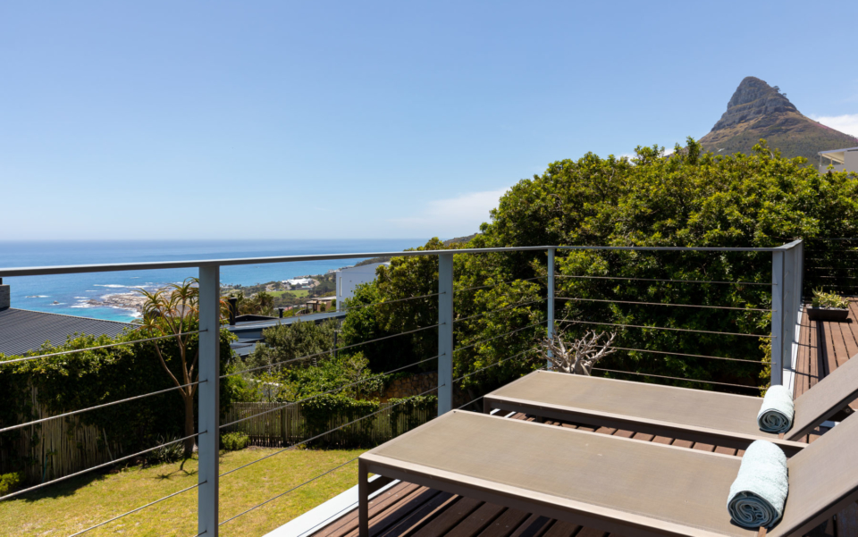 Luxury Villa Rental Cape Town Camps Bay Hely Horizon Upper Level View Towards Lions Head