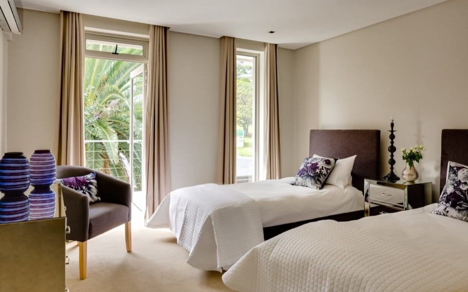Luxury Villa Rental Vacation Home Cape Town Camps Bay Finchley Bedbath08
