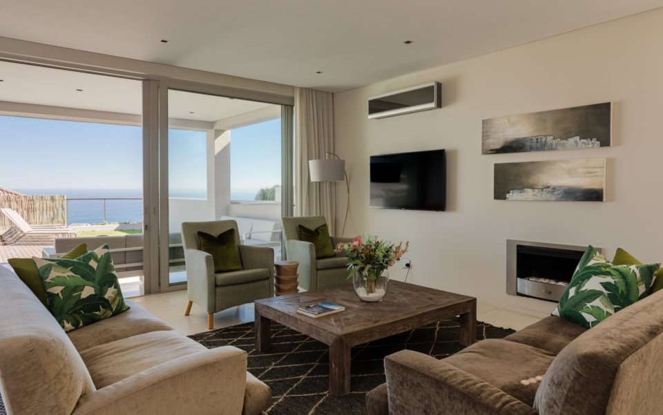 Luxury Villa Rental Vacation Home Cape Town Camps Bay Finchley Lounge