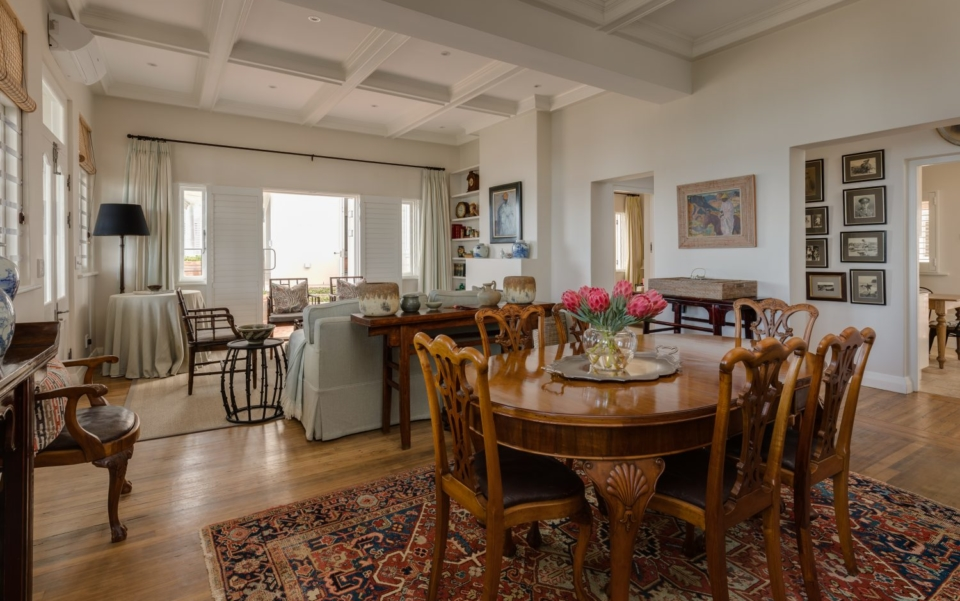 Luxury Cape Town Camps Bay Villa Dining Area 2