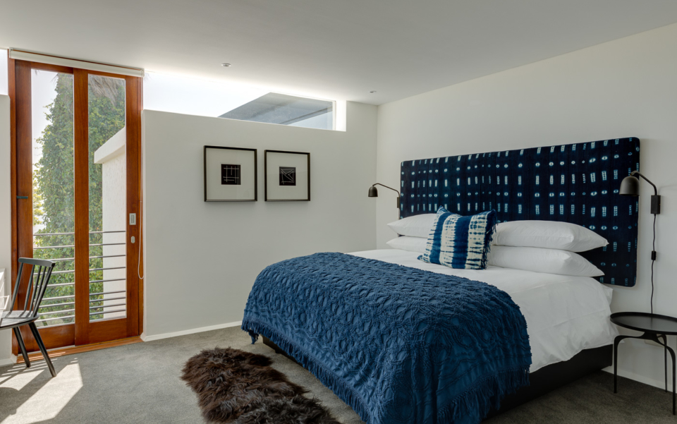 Luxury Cape Town Camps Bay Holiday Villa Le Thallo Bedroom Blue