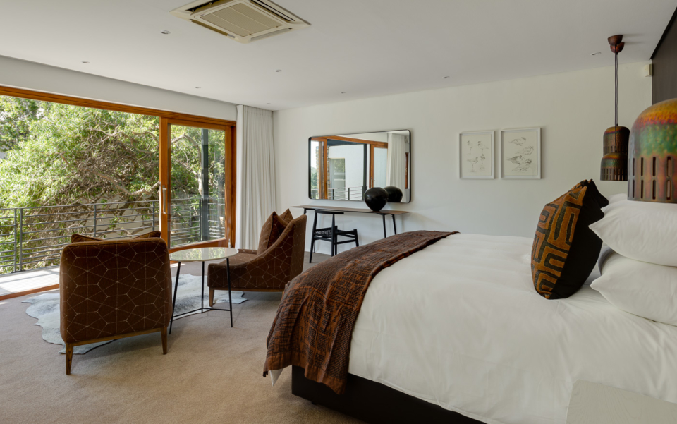 Luxury Cape Town Camps Bay Holiday Villa Le Thallo Bedroom View