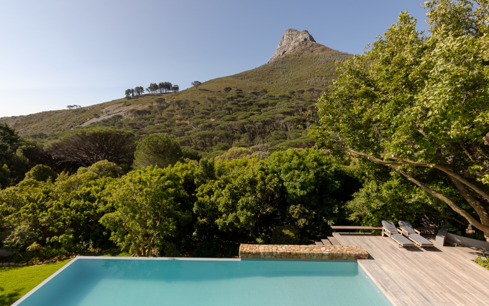 Luxury Cape Town Camps Bay Holiday Villa Le Thallo Lions Head Pool View
