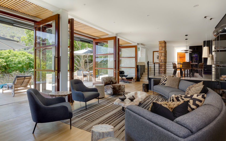 Luxury Cape Town Camps Bay Holiday Villa Le Thallo Lounge Views