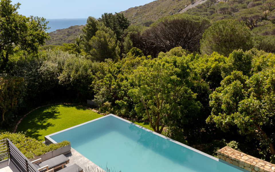 Luxury Cape Town Camps Bay Holiday Villa Le Thallo Pool Lions Head Ocean View