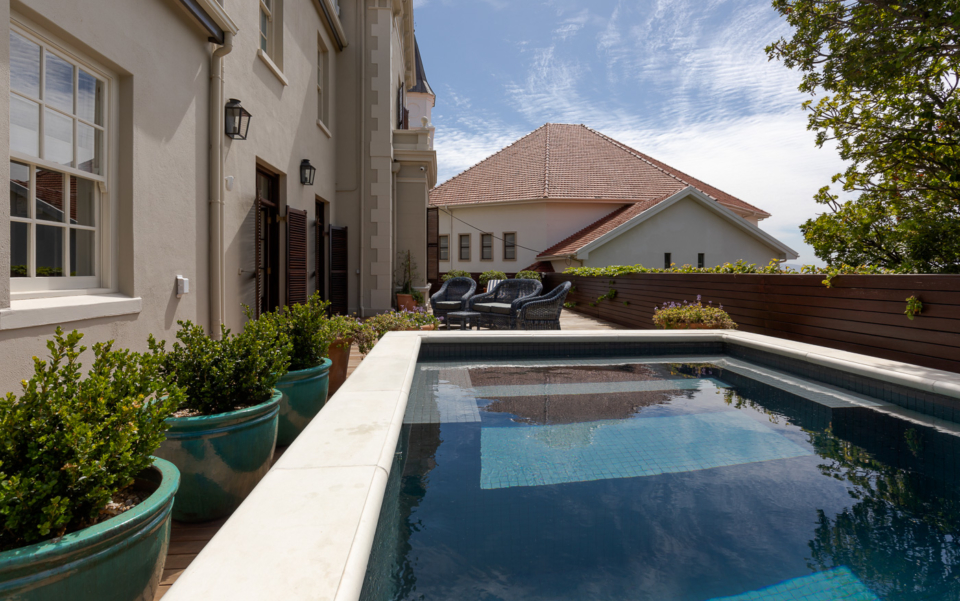 Luxury Cape Town Holiday Villa Pool