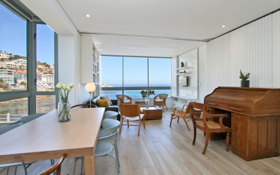 Luxury Cape Town Bantry Bay Apartment Sea Cliff 104 Living 2