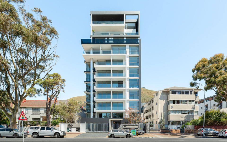 Green Point Accommodation 169 On Main, 501